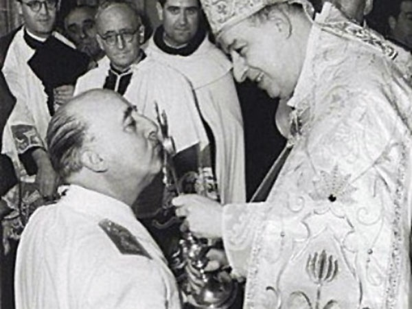 Francisco Franco Bahamonde (Ferrol, La Coruña, 4 de diciembre de 1892 – Madrid, 20 de noviembre de 1975), known as Francisco Franco, Caudillo, or just Generalissimo Franco was a military man and Spanish dictator coup member of Spain coup in July 1936 which led to the Spanish Civil War.