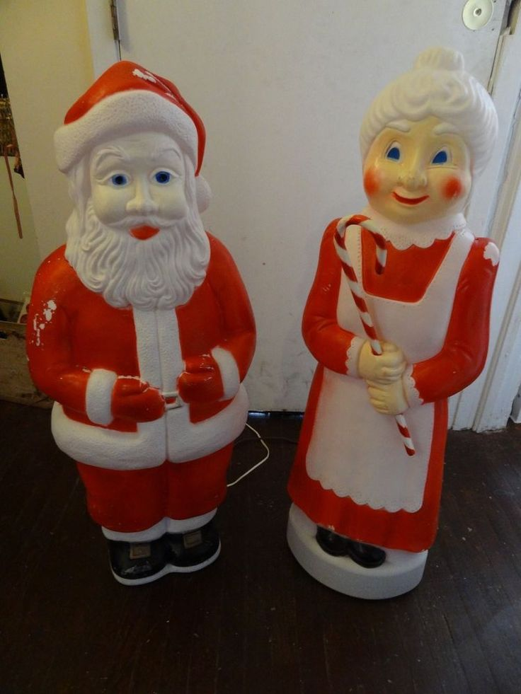 Union Product Don Featherstone Christmas Santa Mrs Claus