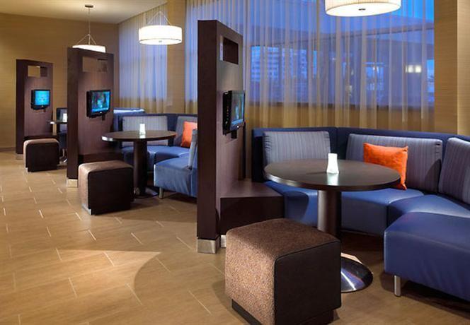 Hotel Deal Checker - Courtyard Long Beach