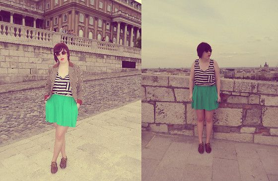 Minty fresh in Budapest (by Emily Maree) http://lookbook.nu/look/3334309-Minty-fresh-in-Budapest
