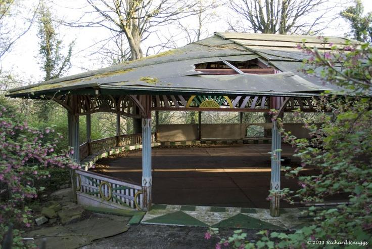 Abandoned in Shipley Glen