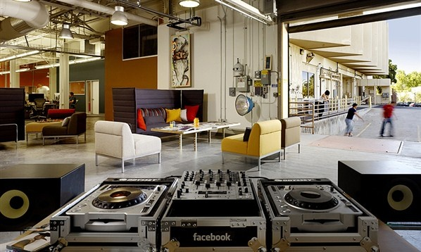 Facebook Office in Palto Alto – California