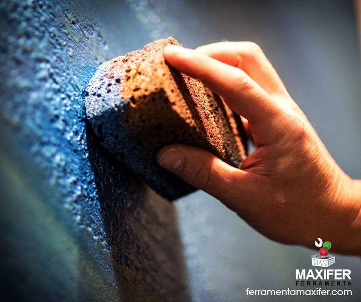 """Segui il Tuo Istinto """"Pietra Spaccara"""" Giorgio Graesan & Friends, ideale anche per bagni e cucine, è un materiale a base di calce modificato con polveri di marmo ed è un prodotto antimuffa e traspirante con una vasta gamma di colori.  Vuoi creare un effetto particolare? Scegli la vernice Giorgio Graesan che preferisci! http://ferramentamaxifer.com/vernici/giorgio-graesan.html"""