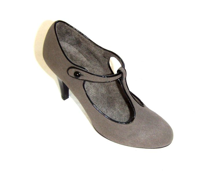 Gorgeous t-bar gray heel, made of faux-suede with patent edging and matching heel. Exceptional quality. Desgined and made in Italy by the all vegan company, di Romeo.  RRP $220