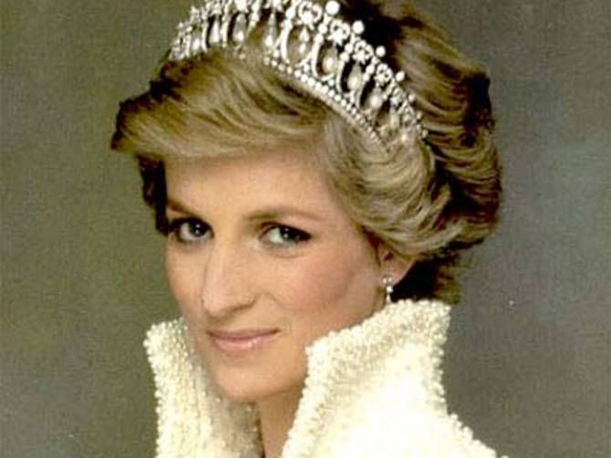 In a 1995 bbc interview princess diana confessed to Diana princess of wales affairs