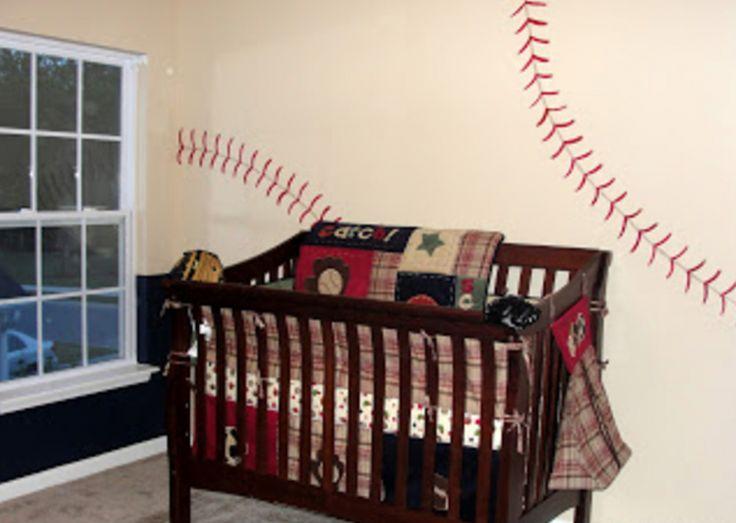 En dessinant des traits rouges sur le mur de la chambre de leur fils, ils lui ont donné un cachet vraiment unique! - Les Maisons