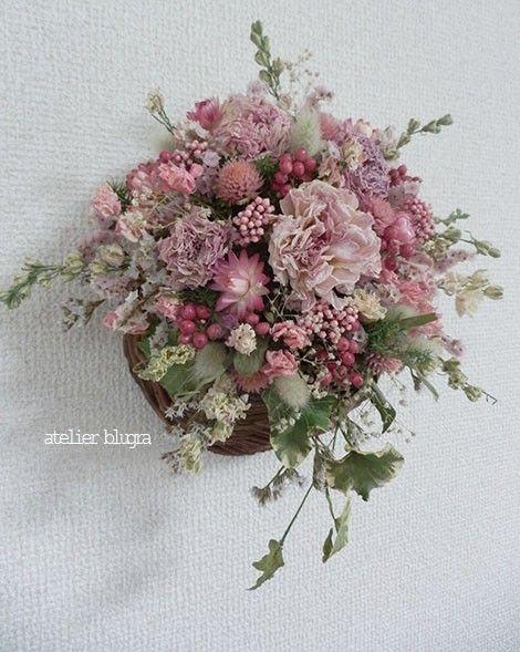 atelier BLUGRA八ヶ岳〜春色ラナンキュラス壁掛けFloweBasket - アトリエ ブルグラ