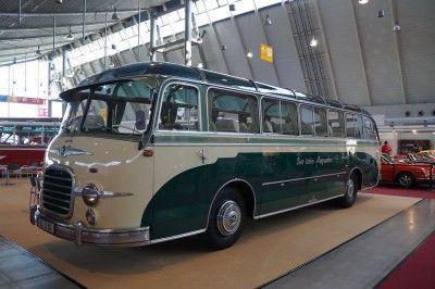 """Kässbohrer Setra S 10 Baujahr 1955, """"Der liebe Augustin"""""""
