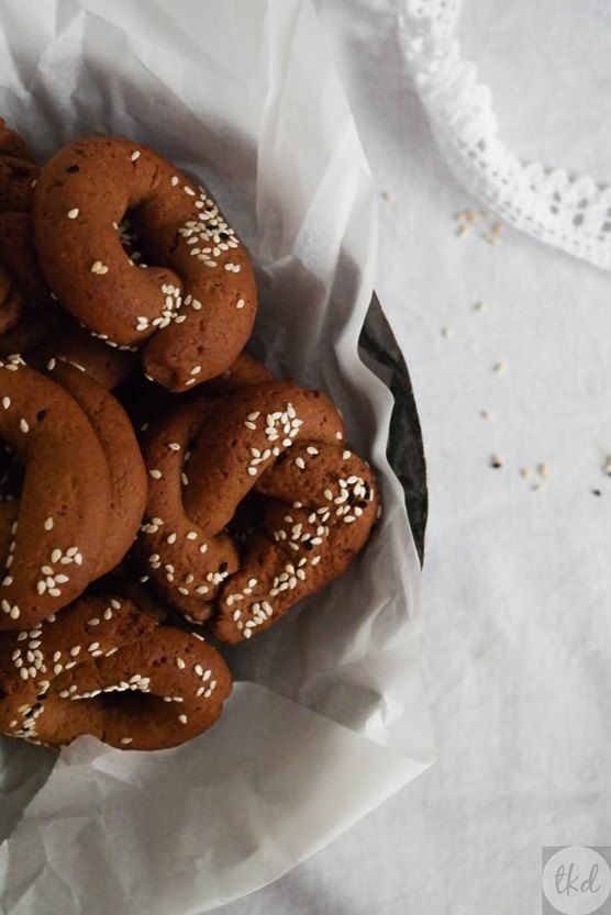 Grape syrup cookies| theoDORA's kitchen diaries