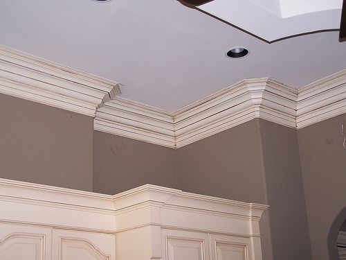 I think we should put crown molding maybe simpler that for Crown molding bedroom ideas