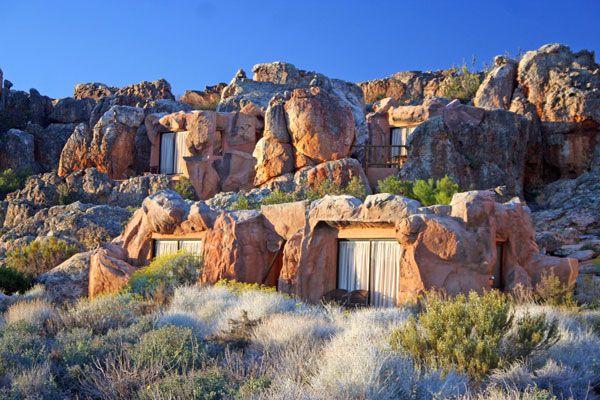 "The Most Amazing Cave Resort ""Kagga Kamma"""