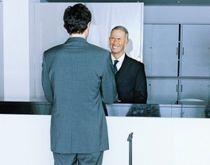 Adjoint de direction hôtelière vous assisterez le directeur à la tête de l'hôtel et assumerez tous les problèmes de gestion. Si le directeur de l'hôtel est l'homme orchestre qui veille à tout, son adjoint se concentre quant à lui sur le contrôle des coûts et la gestion financière.