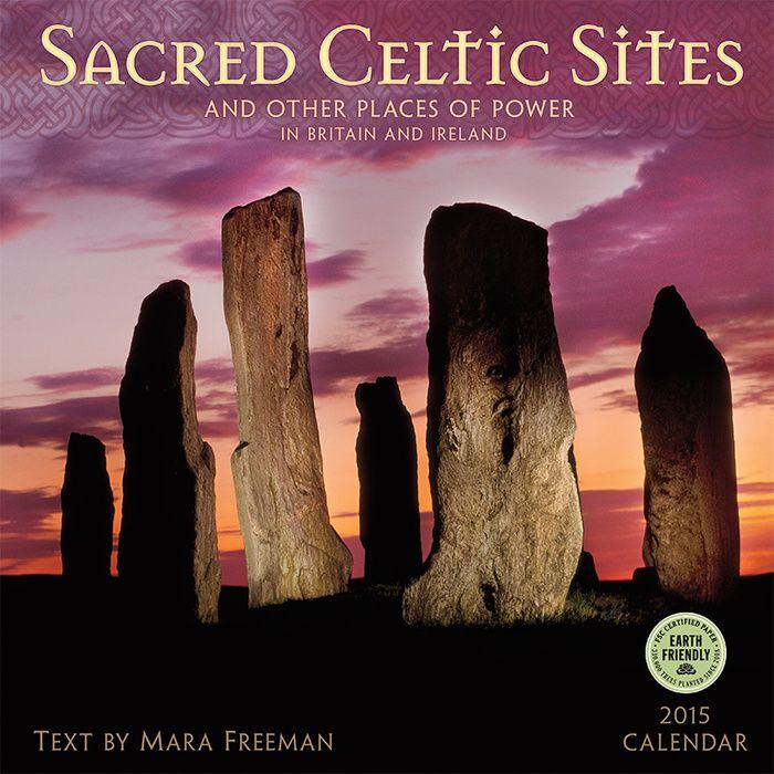 Heilige Keltische kalender 2015 Reis door het mystieke Keltische landschap met de heilige Keltische locaties. Keltische spirituele en heilige tradities van eeuwenoude monumenten, geografisch gelegen in Engeland, Schotland, Ierland en Wales 30 cm x 30 cm muur kalender