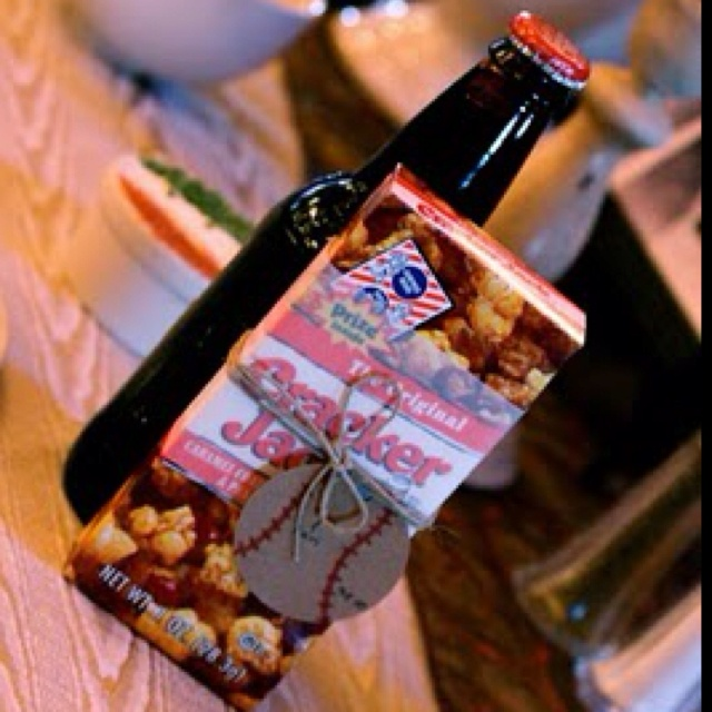Baseball Wedding Gifts: Cracker Jacks And Root Beer Party Favors