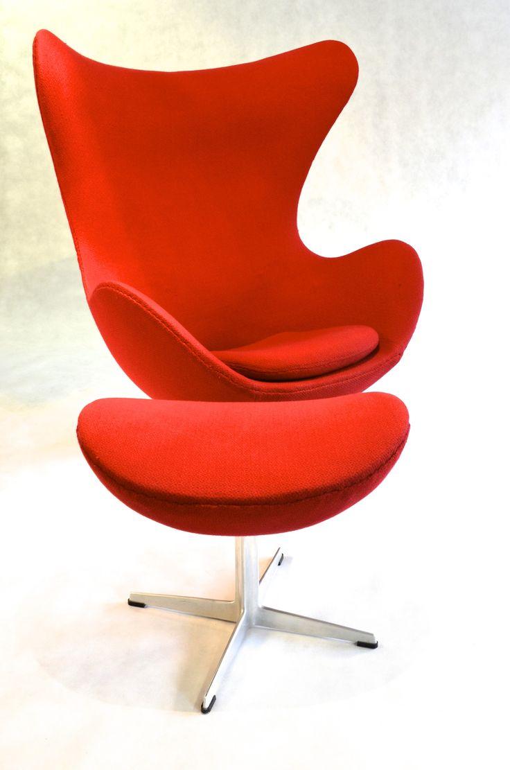 Egg Chair Model 3316 & Footstool Model 3127 by Arne Jacobsen for Fritz  Hansen, 1958