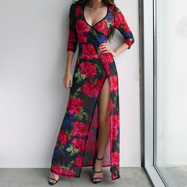 Look as fresh as a pretty rose garden in this flirty, feminine maxi dress. #maxi #floral #dress #summer #romantic #sexy #gojane