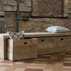 Opbergbank steigerhout van PURE Wood Design   Markita.nl