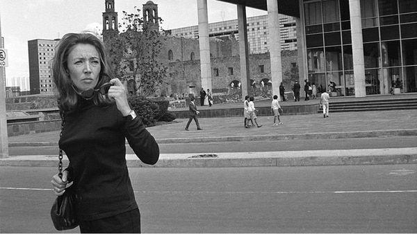 La desconocida historia del cantante de ópera que le salvó la vida a Oriana Fallaci en México y que ella siempre creyó un traidor  En 1968, la célebre periodista italiana quedó atrapada en la represión a las protestas estudiantiles en la capital mexicana y recibió dos impactos de bala. Ella creyó que un músico la había delatado VER MAS