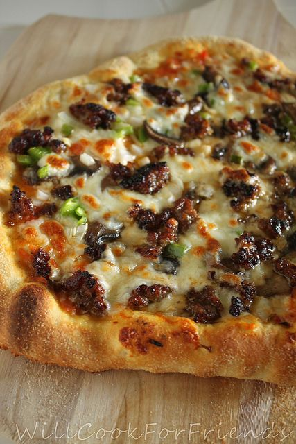 perfect pizza - recipes for sauce and dough: Pizza Perfect, Pizza Ish, Calzones, Pizza Sauce Recipes, Dough Recipes, Pizza Recipes, Perfect Pizza, Basic Pizza, Homemade Pizza
