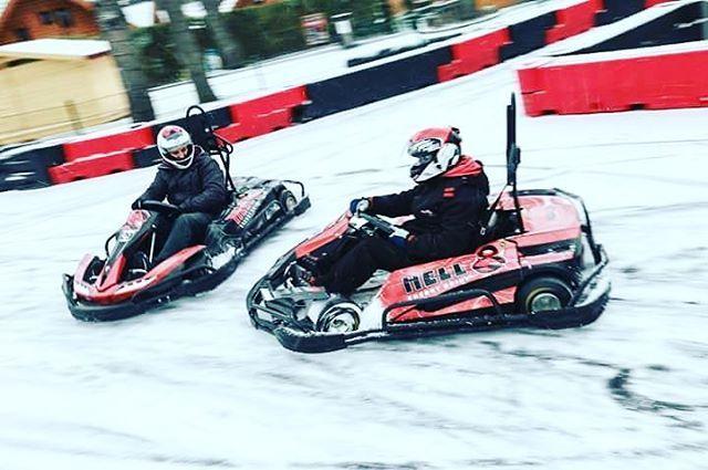 Gokartoztatok már havas pályán? A HELL Kartban thermoruhával és kesztyűvel is gondoskodunk  az izgalmas futamokról!  #hellkart #winter #gokart #fun #adrenalin #verseny #szórakozás #drift