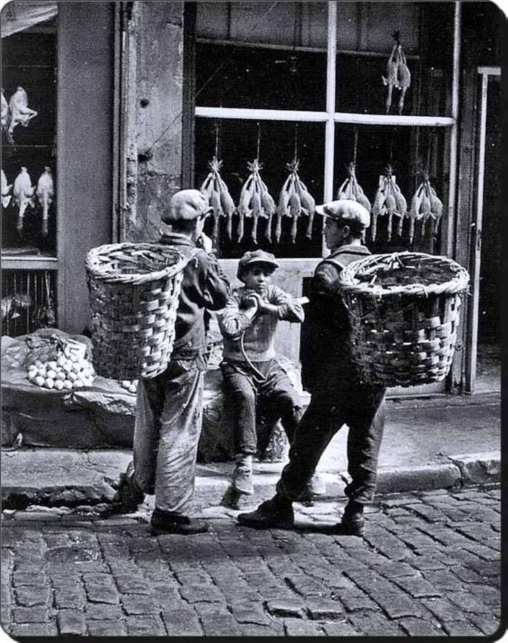 Küfeciler / Balıkpazarı - 1954 Fotoğraf : Ara Güler