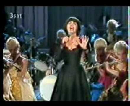 Mireille Mathieu Waltz of Goodbye - YouTube
