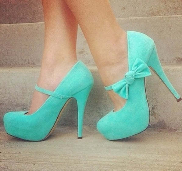 Turquoise velvet heels with bows