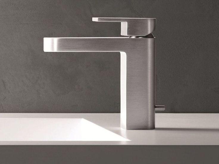 MARE Miscelatore per lavabo con finitura satinata by Fantini Rubinetti design Franco Sargiani