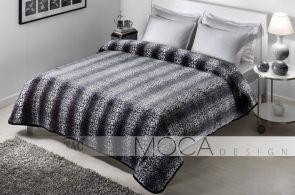 DecoArt24.pl Koc- Narzuta TAC 160x220cm Leopar black - Niezależnie od tego, czy Twoje łóżko jest cały czas rozłożone, czy może stanowi je składana kanapa, przyda Ci się dobra narzuta. A ten koc TAC ma jeszcze jedną funkcję - doskonale sprawdza się jako przykrycie w chłodniejsze dni. Dzięki wykorzystaniu odpowiednich materiałów, koc jest miękki, puszysty i niezwykle miły w dotyku #dom #sypialnia #łóżko #DecoArt24.pl #sophisticated