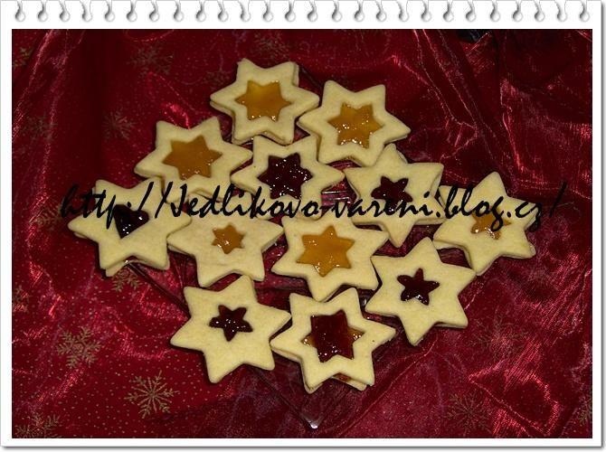 vánoční linecké cukroví #xmas #christmas #baking #cukrovi #vanoce #linecke