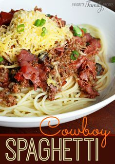 If you've never had Cowboy Spaghetti, you MUST try this recipe! #cowboyspaghetti #spaghettirecipe