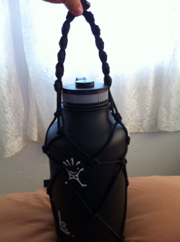 Paracord Hydro Flask holder!! | Things I made | Pinterest ...