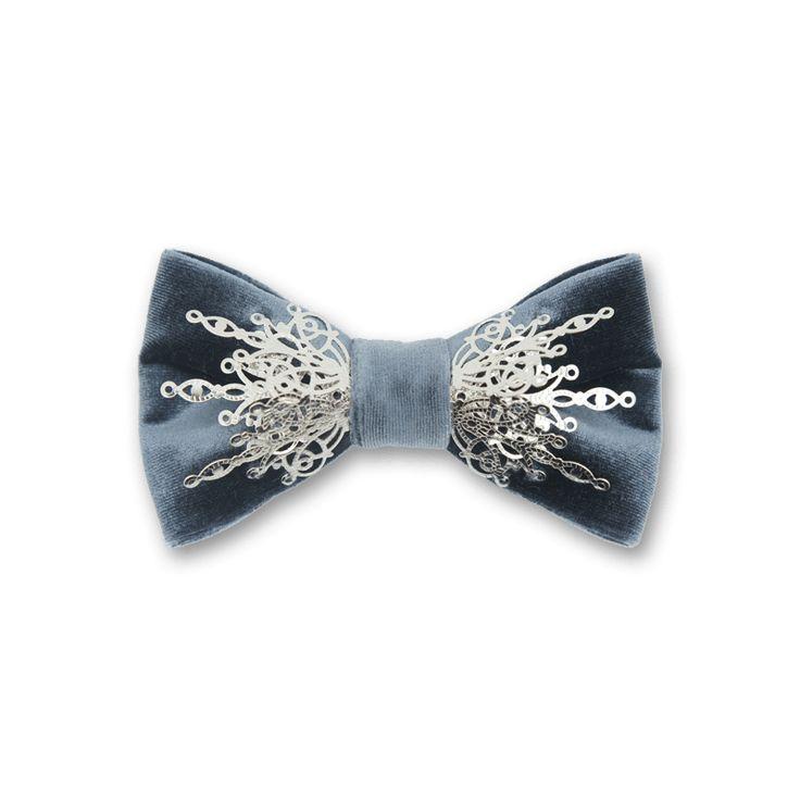 Gothic  in Gray Velvet Silver    Bow Tie