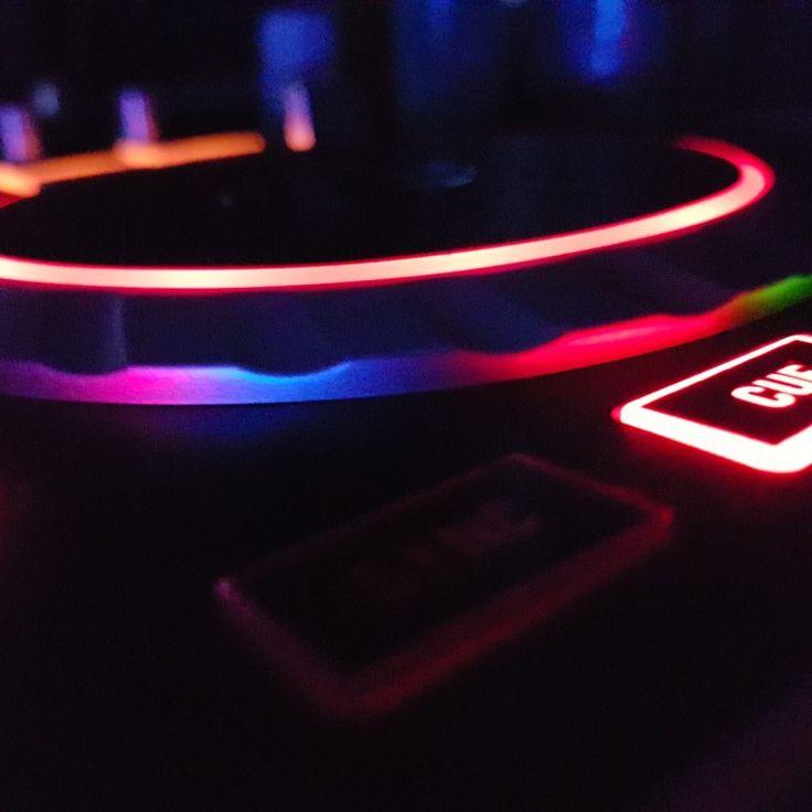 numark #dj #controller #pult #mix #electro #edm #houseparty #house #party #lights #wearethefuture #future #dance #future #bass #futurebass #dj #hardstyle #shuffle #sennheiser #momentum #live mix #live #night #headphones #mixed #numark #numarkdj #party #seratodj #serato #pioneerdj #pioneer #club
