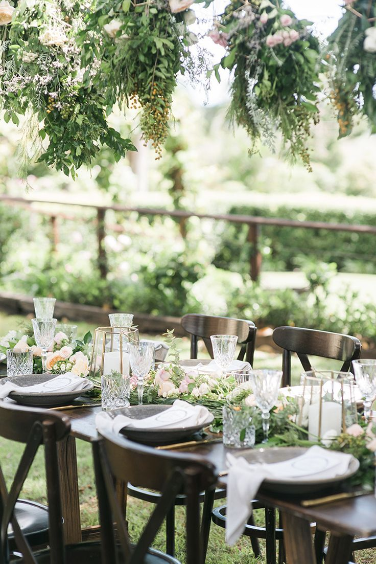 Rustic wedding reception styling | Kaitlin Maree Photography | See more: http://theweddingplaybook.com/romantic-rustic-wedding-inspiration/