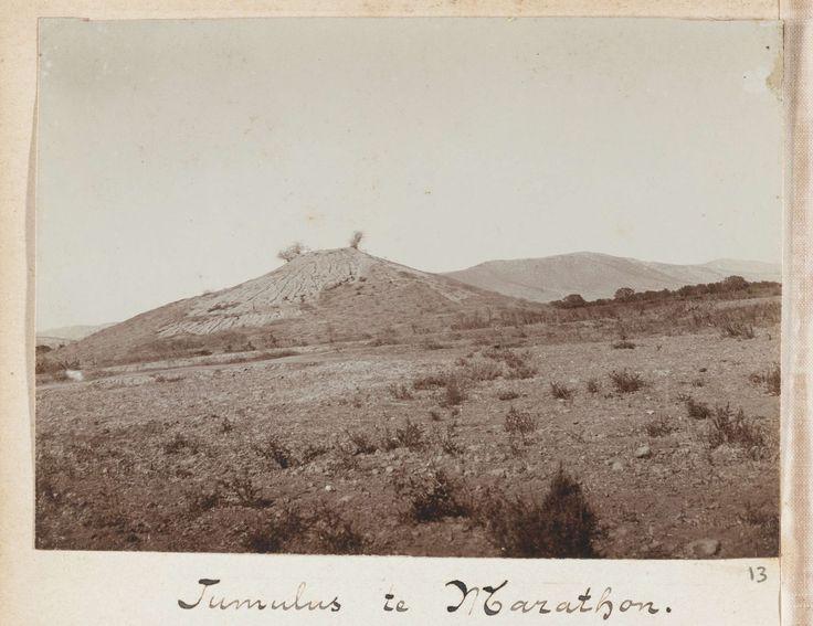 L. Heldring | Gezicht op de tumulus van Marathon, Griekenland, L. Heldring, 1898 |