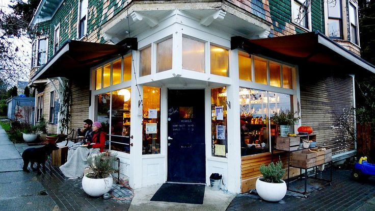 Le Marche St George, (East Vancouver / Riley Park) | Corner Store and Coffee