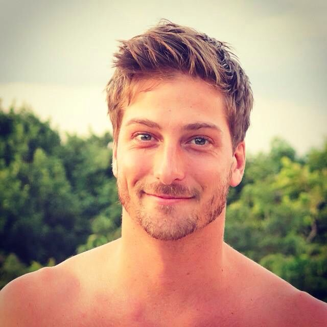 I love me some Mountie Jack! (Daniel Lissing)
