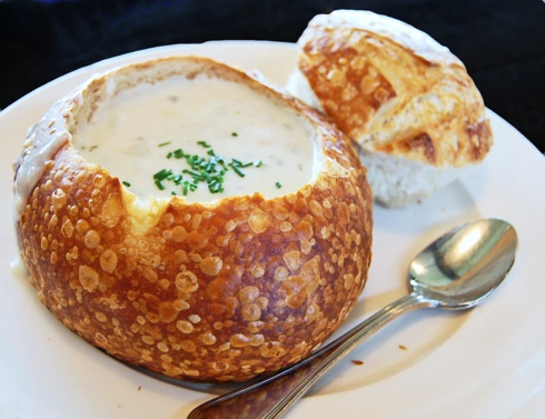 Soup Bread Bowl- need to try this with Scott's awesome clam chowder!