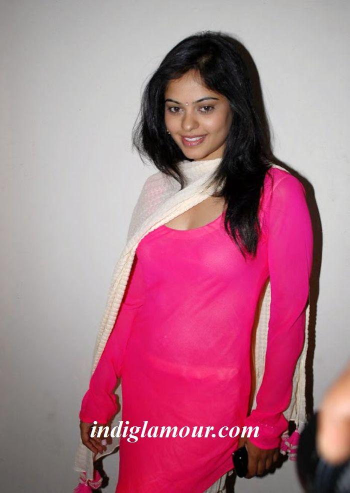 Bindu Madhavi Actress PhotosPicsStillsImages