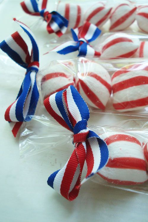 favors - could also fill with red, white and blue bubblegum.