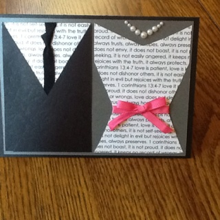 Love this idea! Ooh the possibilities of cards and invites for bridal showers it has!