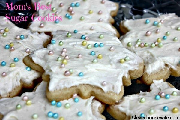 Mom's Best Sugar Cookie Recipe plus The Perfect Frosting