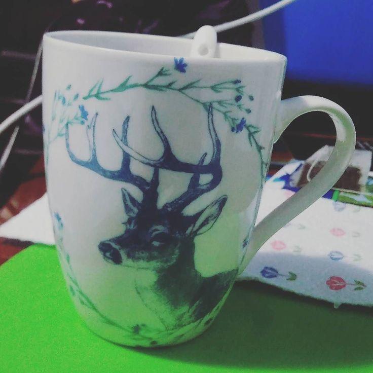 Estrenando taza nueva... La amo <3 #mug #bambi #deer #mint #yeahtomooncealas3am