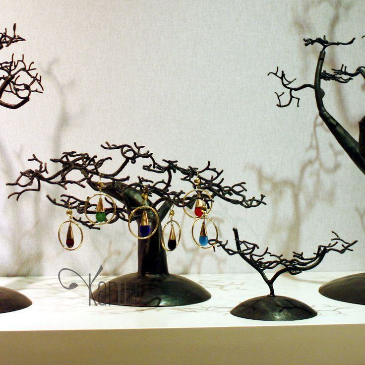 arbre bijoux porte bijoux design c dre 25 30 cm m tal recycl baobab madagascar accesoires. Black Bedroom Furniture Sets. Home Design Ideas