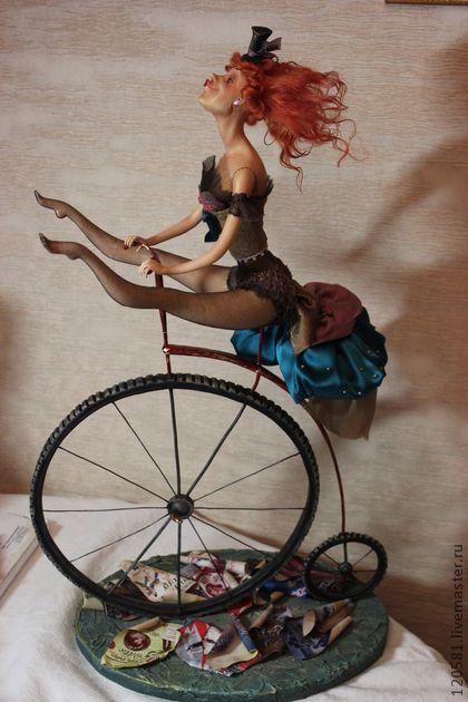 Коллекционные куклы ручной работы. Ярмарка Мастеров - ручная работа Цирковая артистка. Handmade.