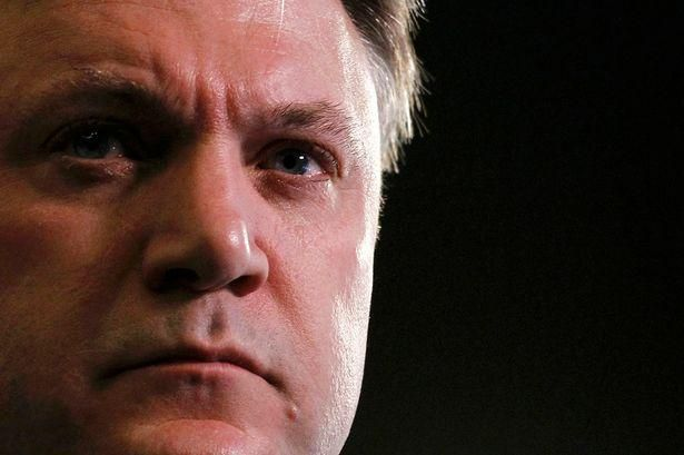 Revealed, how Hillary Clinton's aides accused Ed Balls of wanting to 'topple' David Miliband http://www.mirror.co.uk/news/uk-news/david-miliband-confessed-losing-tough-6361884#ICID=sharebar_twitter…