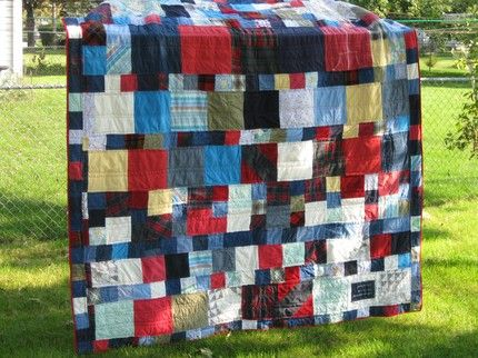 memory quilts from clothing Memory Quilt Using Mom s Old Clothing Quilting Pinterest ...
