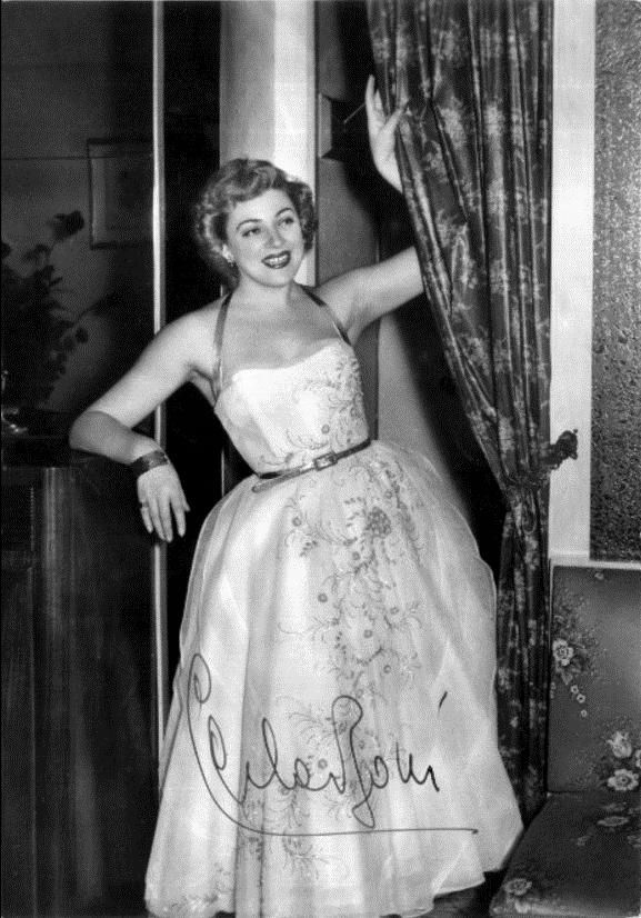 "Carla Boni won the Sanremo Festival in 1953, with the song ""Viale d'autunno"" [Autumn Boulevard]."