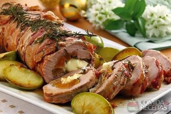 Receita de Lombo recheado com catupiry, nozes e damasco em receitas de carnes, veja essa e outras receitas aqui!